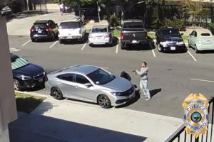 Delincuentes golpean y roban a vendedor ambulante en Long Beach, California