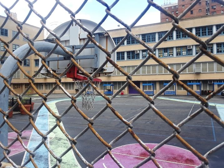 Sindicato de maestros y Distrito Escolar de Los Ángeles cerca de un acuerdo sobre educación a distancia