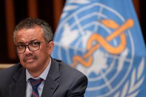"""""""No venceremos la pandemia si estamos divididos"""", dice director de la OMS conteniendo las lágrimas"""