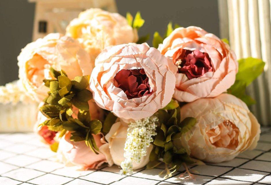 4 ideas de ramos ideales para novias alérgicas al polen