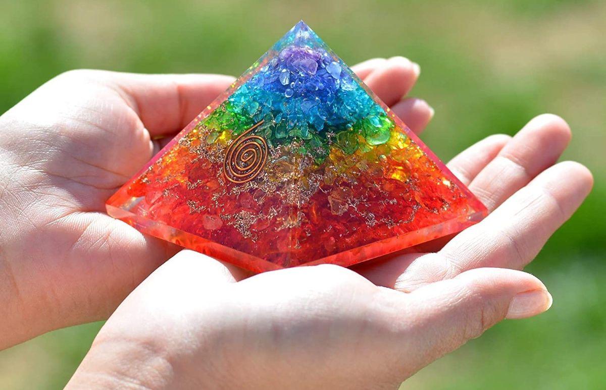 4 pirámides de piedras naturales para purificar las energías de tu entorno