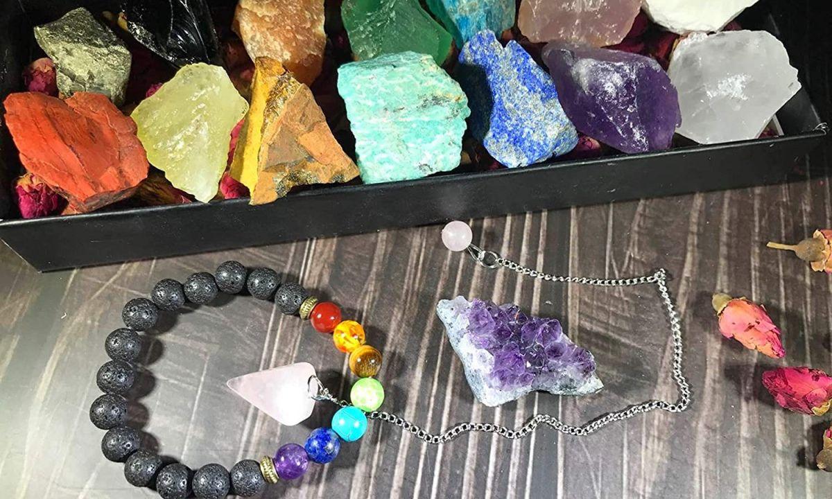 5 productos con piedras naturales para purificar tus chakras en los momentos difíciles