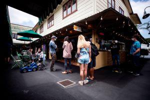 Orange County dará $1,000 dólares a los restaurantes de que cumplan los lineamientos de COVID-19