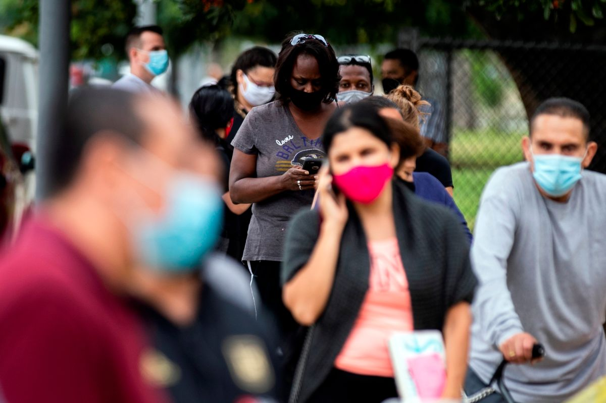 El condado de Los Ángeles sigue sumando miles de casos diariamente.