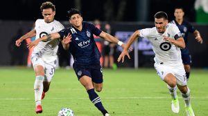 A lo Messi… Alan Pulido hace jugadón en partido de la MLS