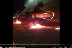 Cártel del Golfo difunde video de uno del Cártel del Noreste quemándose vivo en auto incendiado