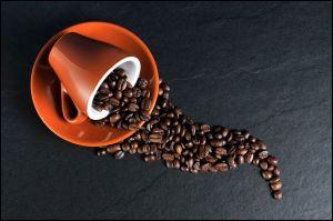 ¿Por qué las cafeteras de café descafeinado tienen la tapa naranja?