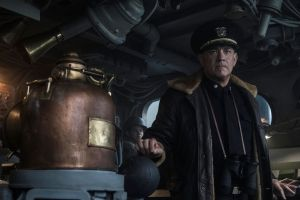 Tom Hanks vuelve a la II Guerra Mundial como capitán de un destructor en 'Greyhound'