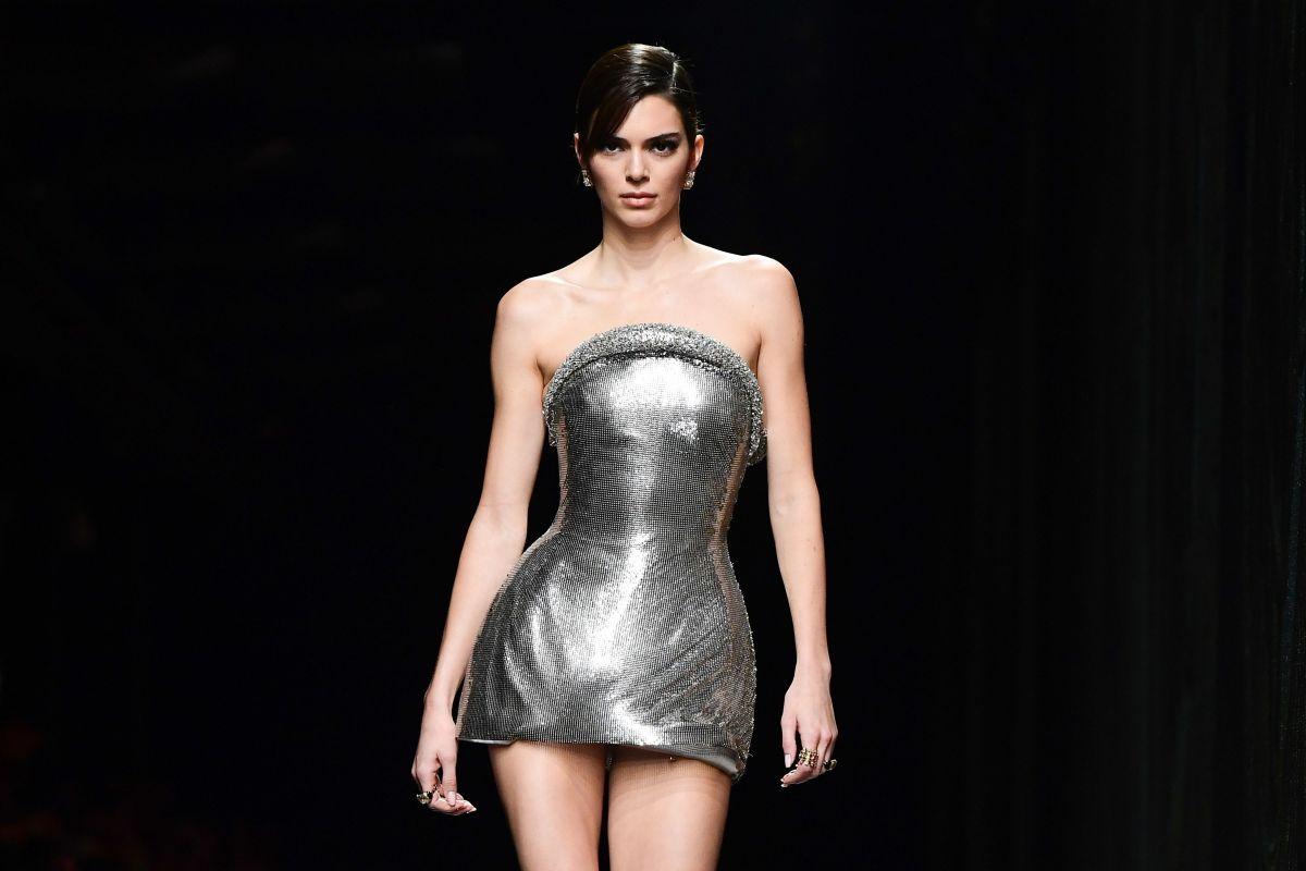 Kendall Jenner presume su recámara y hasta el salón de belleza de su lujosa mansión