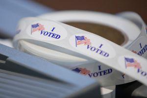 La economía y la asistencia médica serán más decisivas para el voto latino que la inmigración