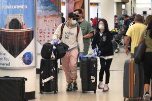 Más de 50 empleados del aeropuerto de Miami tienen coronavirus: la mayoría están en los controles de seguridad