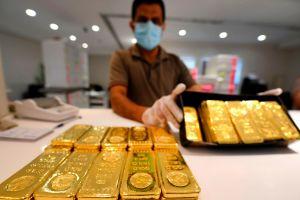 Ganan inmensa fortuna al encontrar dos piedras de oro puro