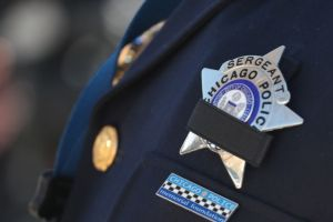 Subjefe policiaco de Chicago recién nombrado se suicida en medio de protestas