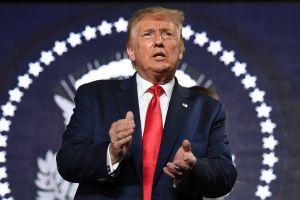 Donald Trump exige a Bubba Wallace que se disculpe por protestar contra la violencia racial en Nascar