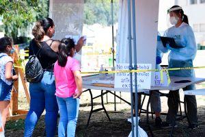 Nuevo plan de ayuda demócrata destaca apoyo para hispanos