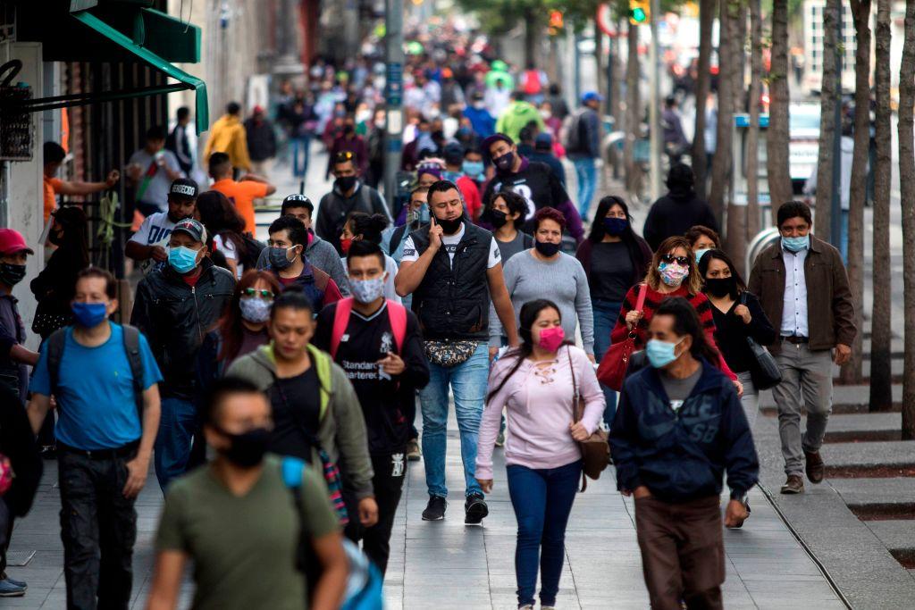 México tiene casi 500,000 contagiados por coronavirus, los muertos superan los 52,000