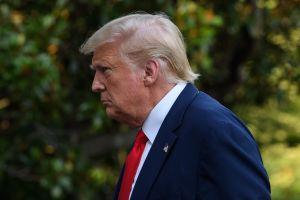 """Trump publica foto usando mascarilla y se proclama """"tu presidente favorito"""""""