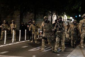 """Trump amenaza con despliegue de fuerzas federales a varias ciudades para contener """"violencia"""""""