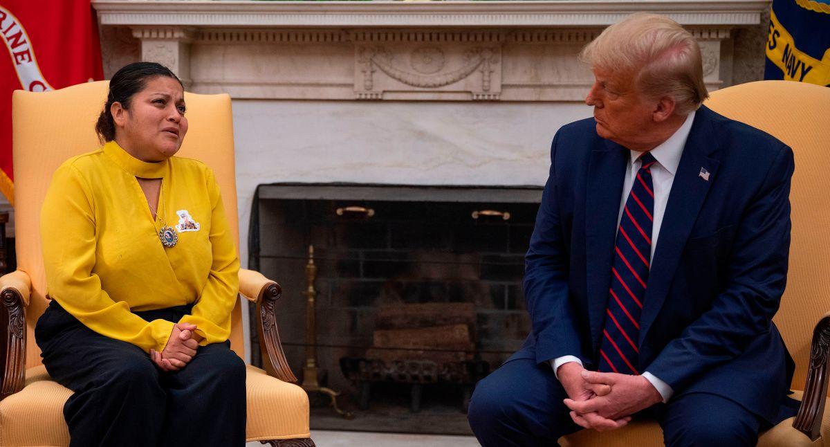 """Fotos: Mamá de Vanessa Guillén pide cara a cara a Trump """"que se toque el corazón"""""""