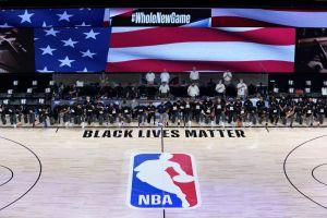 El poderoso y emotivo homenaje de los jugadores de la NBA en contra de la violencia racial