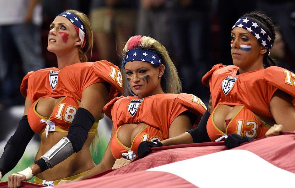 """""""Que se larguen del país"""": Mike Ditka no permitirá protestas en liga de futbol americano femenil en lencería"""