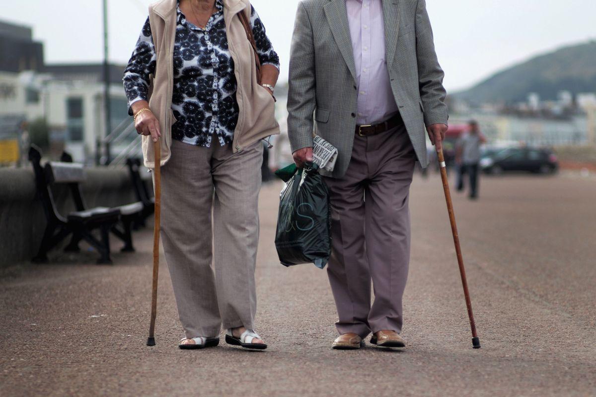 Los jubilados han sido uno de los sectores de la población que más fueron afectados con los fenómenos económicos que trajo la pandemia.