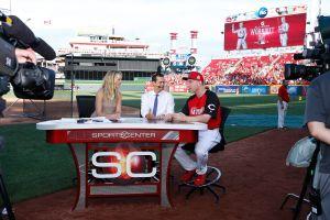 Empleados de ESPN señalan prácticas racistas en la cadena televisiva de contenido deportivo