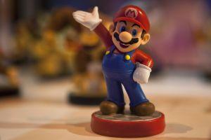 Un videojuego de Super Mario Bros rompe récord y se vende en una subasta por $114,000 dólares