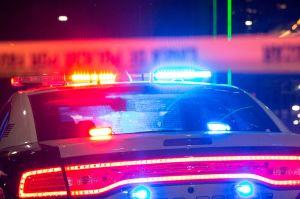 Niño de 9 años mata a otro de 11 años con arma que encontró en auto donde los dejaron en estacionamiento de Walmart