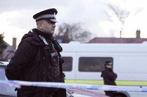 """Más de 700 detenidos y un decomiso millonario en """"la mayor operación de la historia del Reino Unido"""" contra el mercado de drogas ilegales"""
