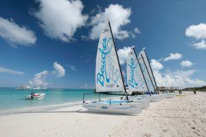 Una mujer del sur de Florida desaparece tras un accidente de barco en las Bahamas