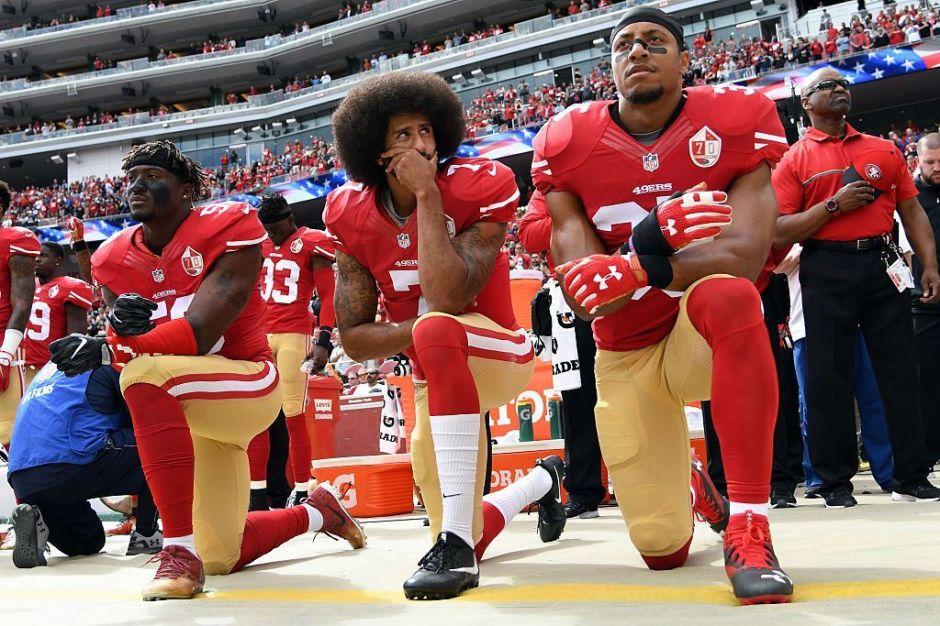 Fans de los deportes apoyan más el #BlackLivesMatter y otras causas de justicia racial que los demás estadounidenses