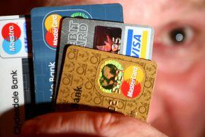 Por qué las tarjetas de crédito que ofrecen grandes tiendas y retailers son un mal negocio para tus finanzas