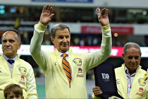 Enrique Borja pidió ayuda a un expresidente de México para no jugar en el América