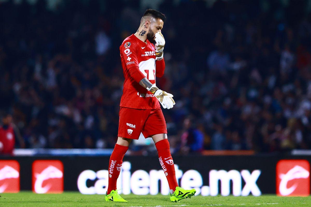 'El Pollo' Saldívar en un partido con Pumas.