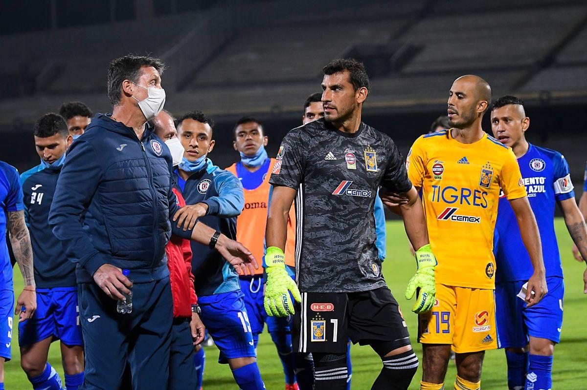 Guido Pizarro atacó al entrenador de Cruz Azul.