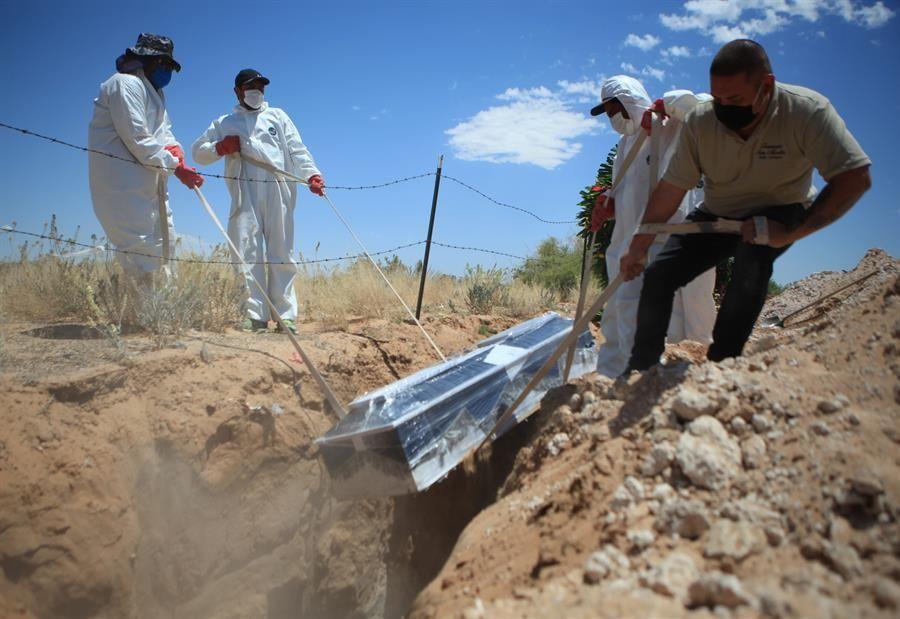 México supera las 43,000 muertes por coronavirus
