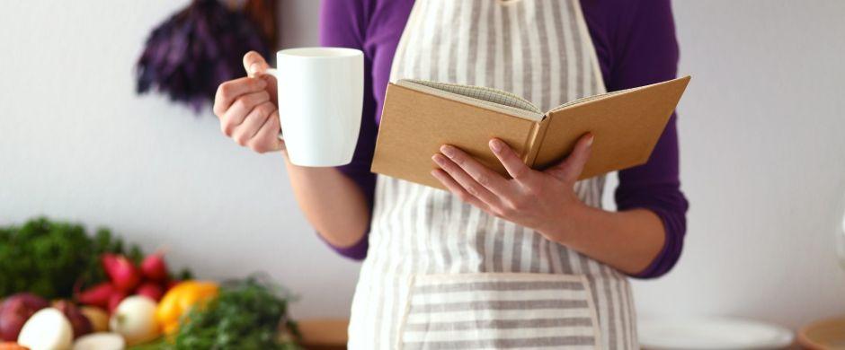 ¿Te gusta cocinar? 5 libros en español sobre dietas para bajar de peso