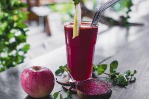 4 licuados con manzana para bajar de peso rápido