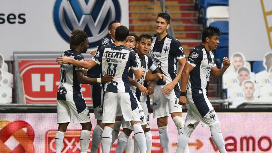 El campeón despierta, Monterrey le gana a Toluca