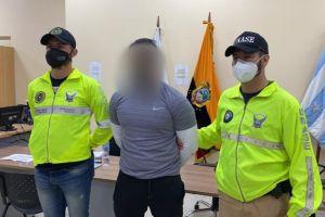 Autoridades de Ecuador detienen a cinco personas por venta de medicamentos donados