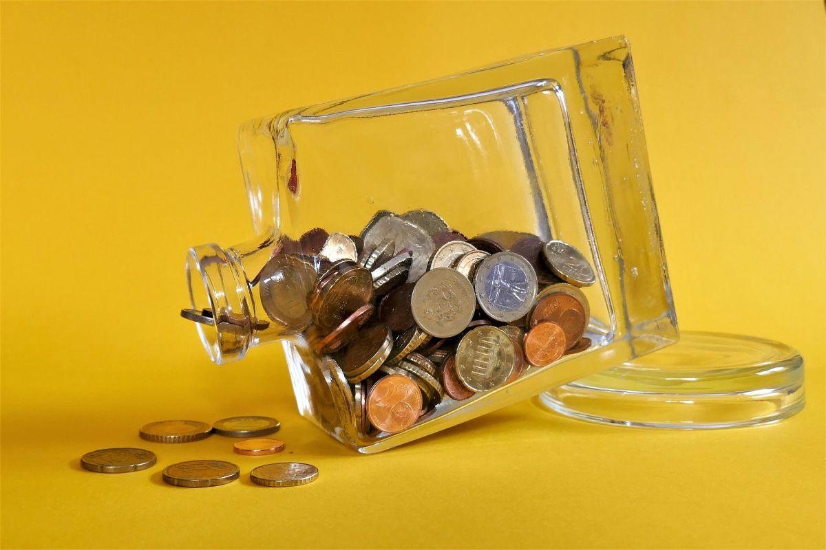 ¿Deseas mejorar tu economía? Descubre cómo preparar el frasco de la abundancia que te ayudará