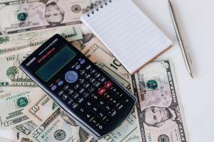 ¿Nuevo cheque de estímulo podría aplicar a quienes ganan más de $40,000?