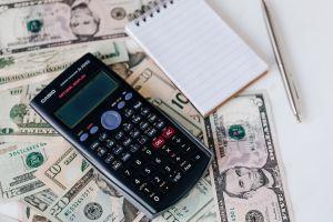 Cómo gastar menos y de forma más inteligente en 2021, con lo que aprendimos en 2020