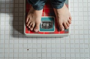 ¿Qué son los códigos sagrados y cómo usarlos para bajar de peso?