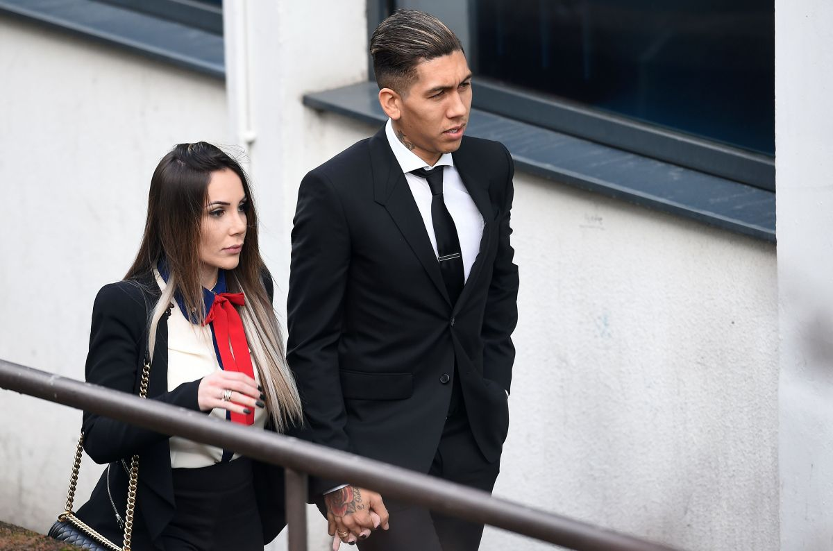 Larissa y Roberto Firmino.