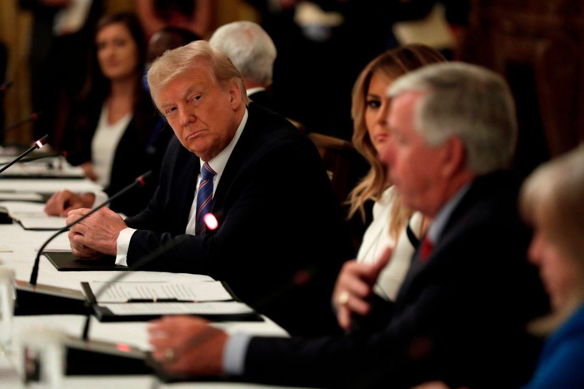 Trump quiere abrir las escuelas en otoño mientras EE.UU. se acerca a los 3 millones de casos