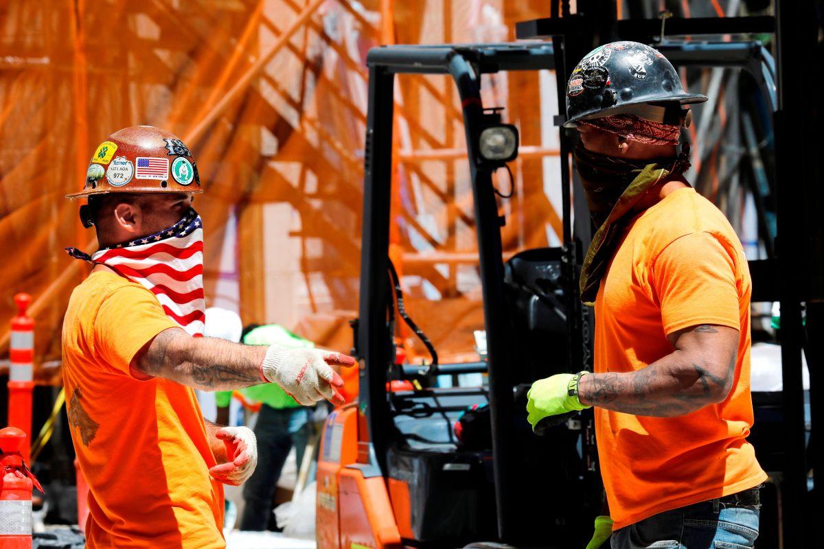 La industria de la construcción ofrece buenos empleos con sueldos por encima del promedio.