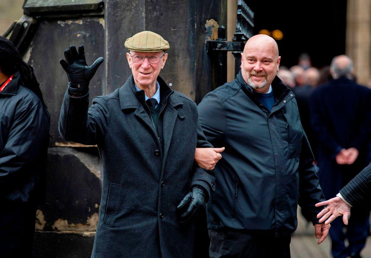Jack es una leyenda del Leeds United, equipo en el que jugó y al que dirigió.