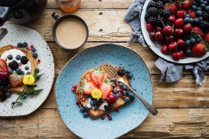 4 ingredientes básicos para crear saludables y fáciles combinaciones de desayuno toda la semana